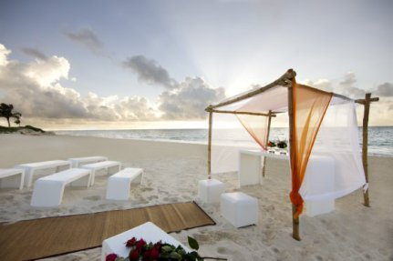 Banyan-Tree-Mayakoba-photos-Facilities-Beach-Wedding-Setup