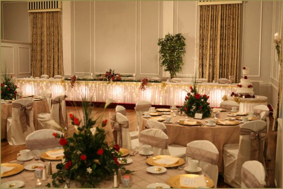 wedding_accessories_and_chair_covers